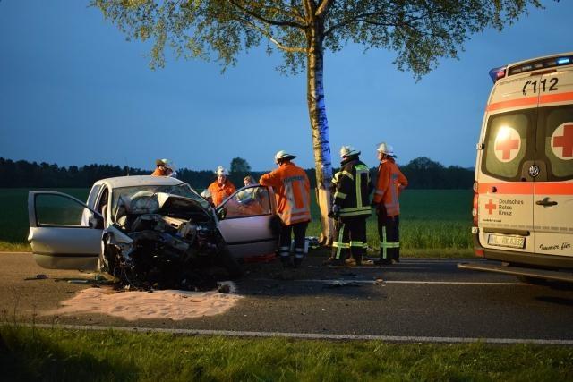 Unfall eingekl. Person